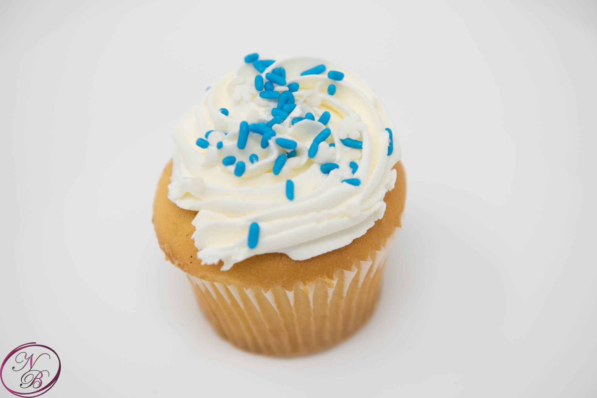 Vanilla W/ Vanilla Frosting Cupcake